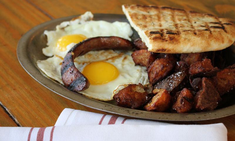 woodshed-smokehouse-breakfast-4
